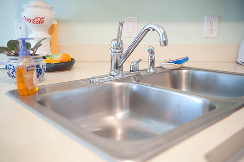 how to make a cast iron sink look new