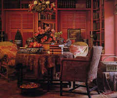 dining room/library-Carol Glasser-scan (kizilod2) Tags: china blue red roses table design chairs designer interior library books study decorating diningroom shutters pottery decor paisley bookshelves toile transferware carolglasser