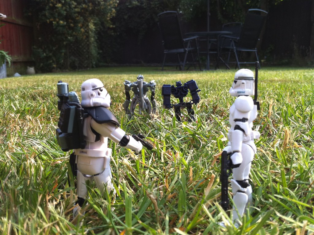 mini_stormtroopers_2