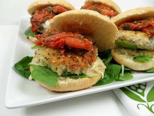Kaceys Kitchen - Chicken Parm Sliders 1