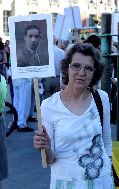 Concentración contra la impunidad del Franquismo (15/07/2010)
