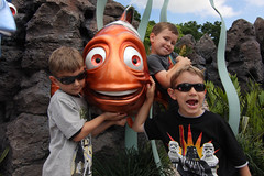 Marlin and the Boys (Sam Howzit) Tags: friends nemo disney tommy danny epcotcenter marlin seas athan
