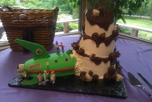 Sidepodcast F1: The best cake I have EVER seen. A proper Futurama cake!!!