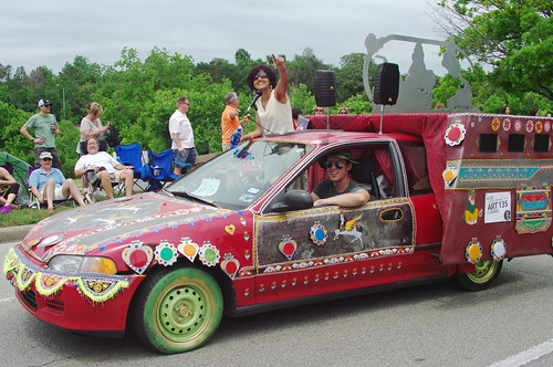 Sehba Sarwar and Eric Hester at the Art Car Parade