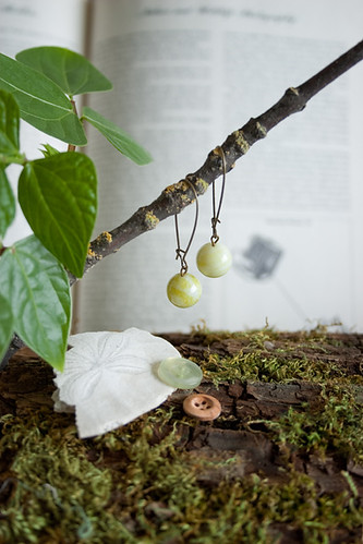 Handpicking La France Pears In Japan - earrings