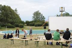 Mañana utomhusbio, Bara 2010 (Turilas) Tags: cinema mañana pool bara outdoorcinema 2010 utomhusbio utomhusbad svedalakommun jdg7989