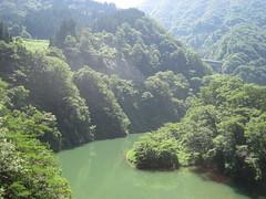 Shokawa river gorge, Shirakawa-mura, Gifu-ken (Joel Abroad) Tags: bridge japan river toyama prefecture gifu shirakawago kojirakawa