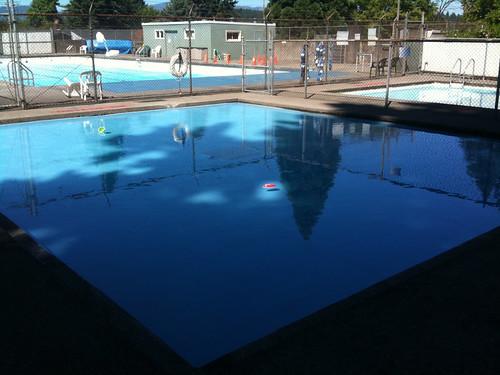 Camas Swimming Pool