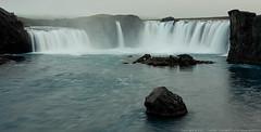 Godafoss (Thomas Suurland) Tags: lake water fog waterfall iceland 2007 godafoss goðafoss suurland thomassuurland