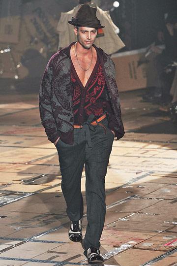 Maximiliano Patane3012_FW10_Milan_Vivienne Westwood(nymag)