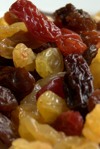 Raisins and Sultanas by bongo vongo
