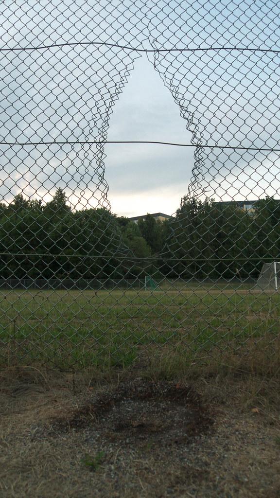 Hål i staketet