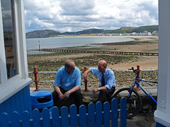 Two Pier Chaps and Llandudno Bay : July 2010 . (Lenton Sands) Tags: bay llandudno llandudnopier