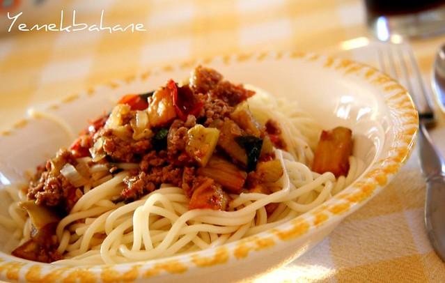 Patlıcanlı Spagetti