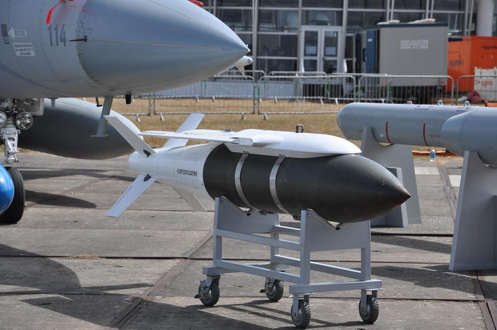 تأكيد صفقة الجي اف-17 المصرية ونفي الميج-29 4862689207_5e82b7d162_b