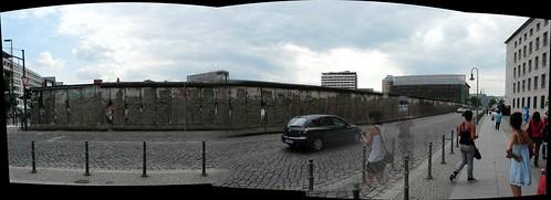 Panorámica del Muro en Niederkirchnerstraße
