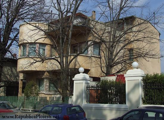 Art Deco in Ploiesti - Casa Ivanceanu