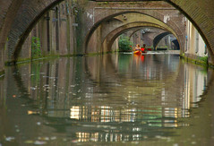 Under (Harry Mijland) Tags: holland canal utrecht nederland kano drift gracht dearharry harrymijland gettyvacation2010