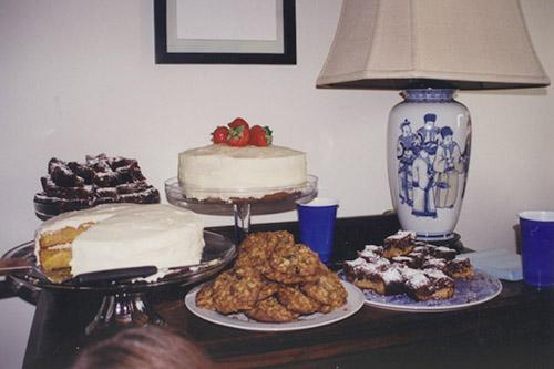 A Gluten Free White Cake with Italian Meringue Buttercream ...