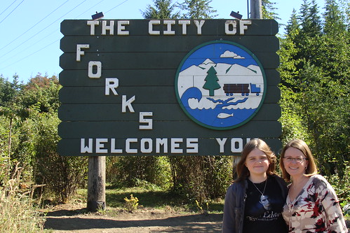 Forks, Washington Welcome Sign, Twilight Saga, MommaDJane, They Call Me T