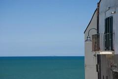 Sky and sea (ThePetrock) Tags: blue light sea sky italy colors nikon italia mare tremiti cielo infinito colori luce libert balcone orizzonte termoli molise 55200 turnoff prospettive otw d80 vavanze propective