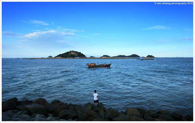 情侶路上看海