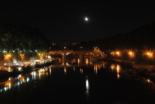 Tiber@night
