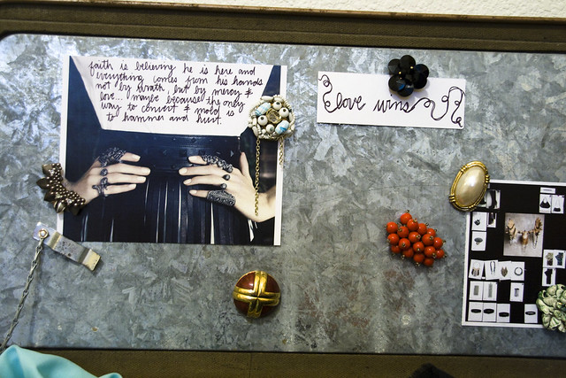 DIY | Glam {vintage} Magnets