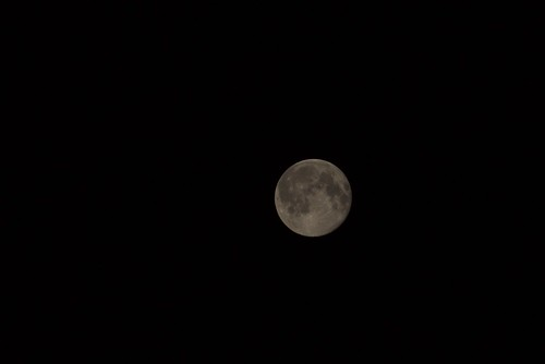 Panasonic GF1's moon OriginalSize
