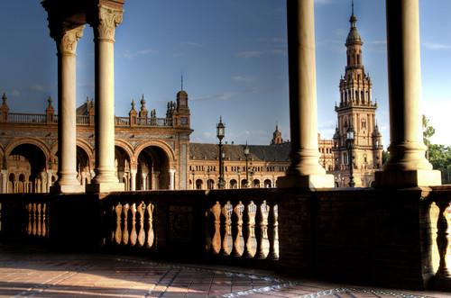 Seville. Balaustrade and columns. Plaza de España. Sevilla. Balaustrada y columnas