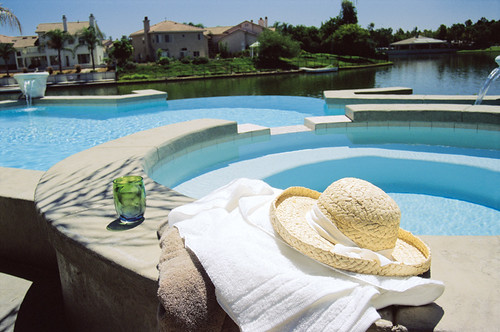 The Ultimate Swimming Pool And Backyard Blog Designing