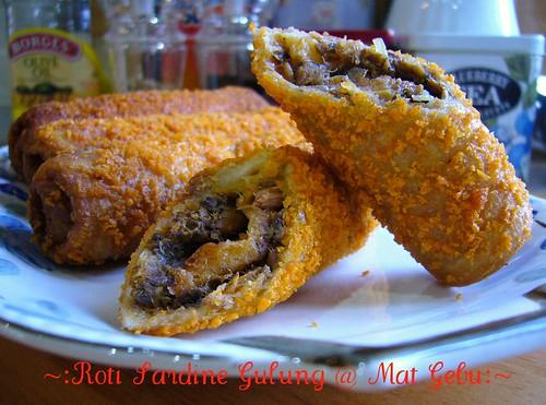 Roti Sardine Gulung