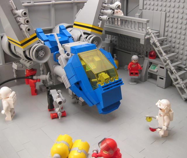 "Lego ""Hangar 12"" (MOC)"