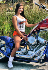 Hooters 0829 045 (Ed Durbin (Katodog)) Tags: 2 k america freedom chopper force hooters august double harley schaumburg motorcycle 29 speech productions 2010 mancow