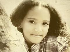 Ivana {+1 in comments} (YohanneSaconato) Tags: brazil girl childhood braslia brasil sepia kid child garota criana menina infncia acaradobrasil