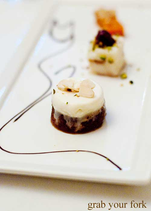 turkish dessert ekmek kadayifi