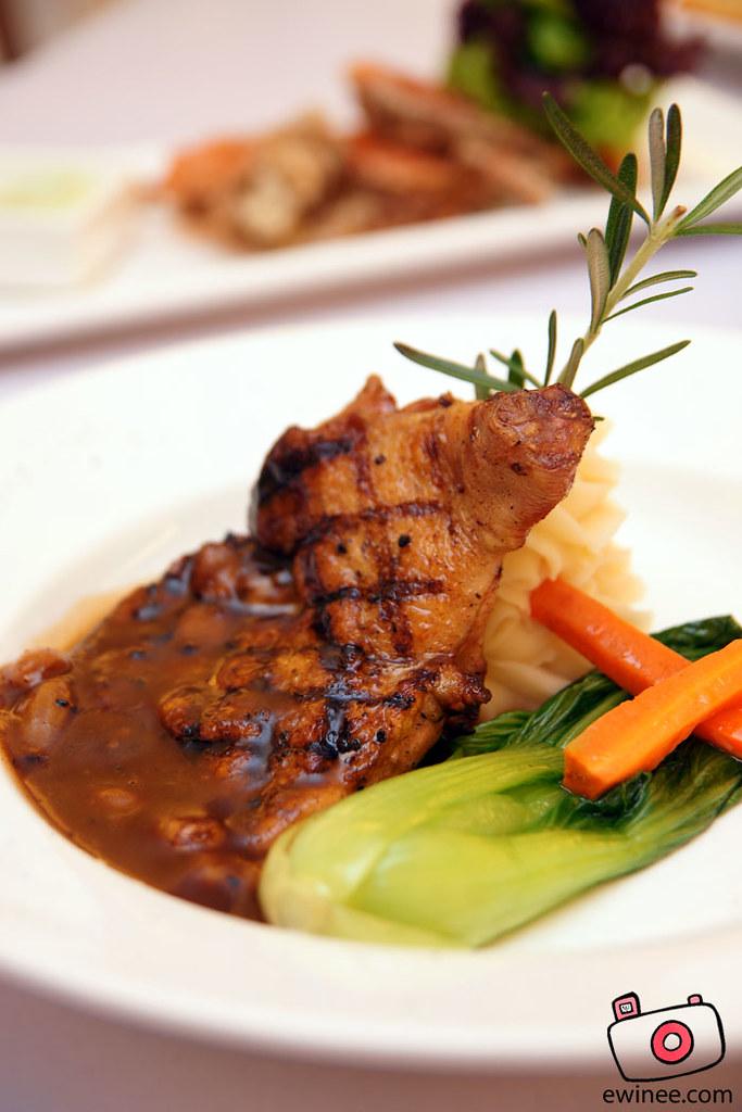 FULLHOUSE-SUNWAY-GIZA-chicken-chop