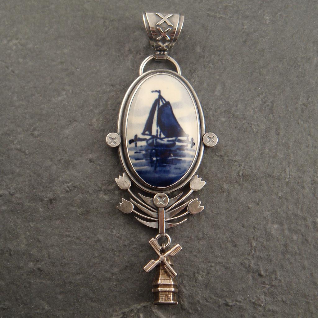 Delft pendant