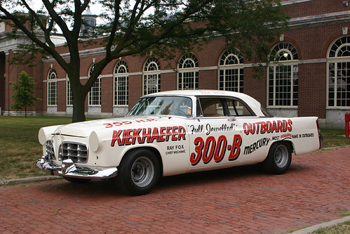 5413478418 4005168c22 Chrysler 300 B Stock Car, 1956, used by the Kiekhaefer Race Team