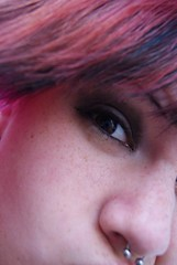 Sesión por Ro. (ScarlettDestructive) Tags: scarlett cute girl hair dead nice spain iron famous emo scene drop queen cupcake fist romero destructive fashioncore zebracorn