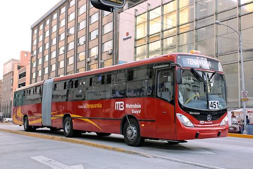 Metrobús de la línea 3