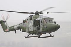 ARMY LYNX XZ678 (John Ambler) Tags: training point army area salisbury dagger plain westland lynx refueling ah7 arming spta salisburyplaintrainingarea xz678leaving farpforward exercisepashtun