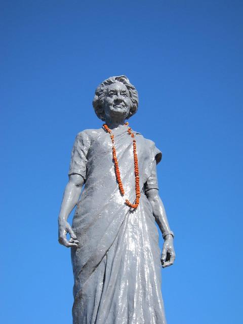 Indira Gandhi statue