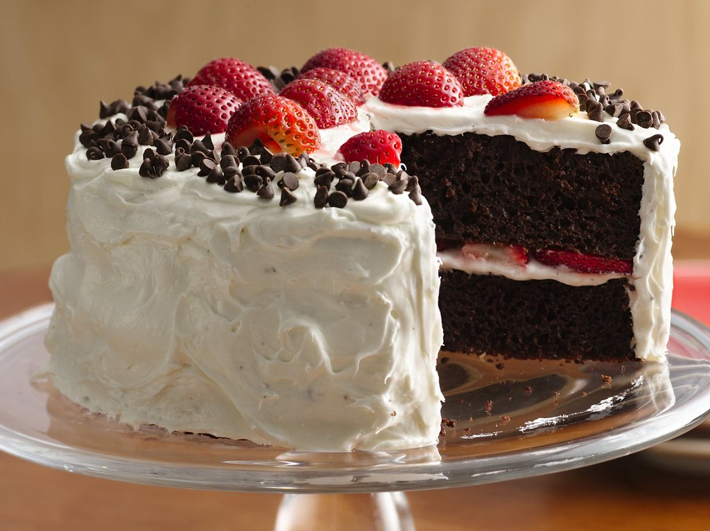 Chocolate-Strawberry Cake with Fluffy Frosting Recipe