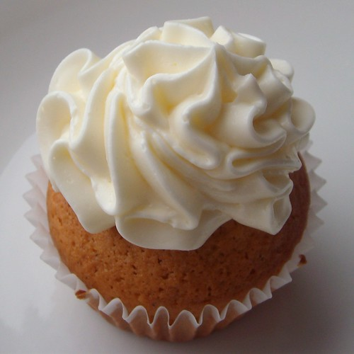 Thai Tea Cupcake with Sweet Cream Buttercream