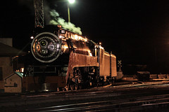At night in Bend, Oregon (ScholzRUNNER) Tags: sp southernpacific southernpacificrailroad espee 4449 sp4449 daylight spdaylight 484 northern landscape railroad railroadphotography excursion trains trainchase tracks