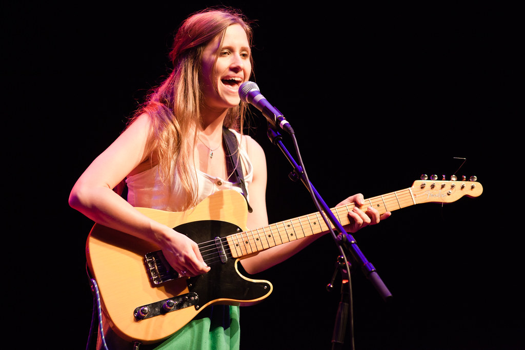 Dirty Projectors: Amber Coffman with tasty telecasterzoid
