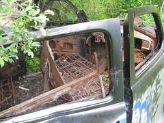 abandoned cars on a trail (chrissie.g) Tags: old car bike ride d trail cop mountianbike