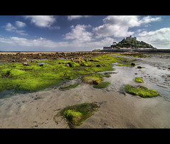 Off the coast of Cornwall, lies a tiny island. (edmundlwk) Tags: sea england beach island rocks cornwall lowtide algae hdr causeway stmichaelsmount marazion canon7d tokina1116mm