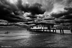strana estate (fabio c. favaloro) Tags: summer bw beach clouds bn aloha 2010 follonica fabiocfavaloro